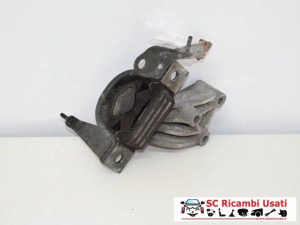 SUPPORTO MOTORE SINISTRO SX 1.3 MJT 51KW FIAT IDEA 51757886 46845344
