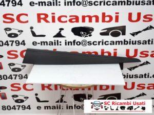 MODANATURA PORTA ANTERIORE SINISTRA RENAULT CLIO 4 808777693R